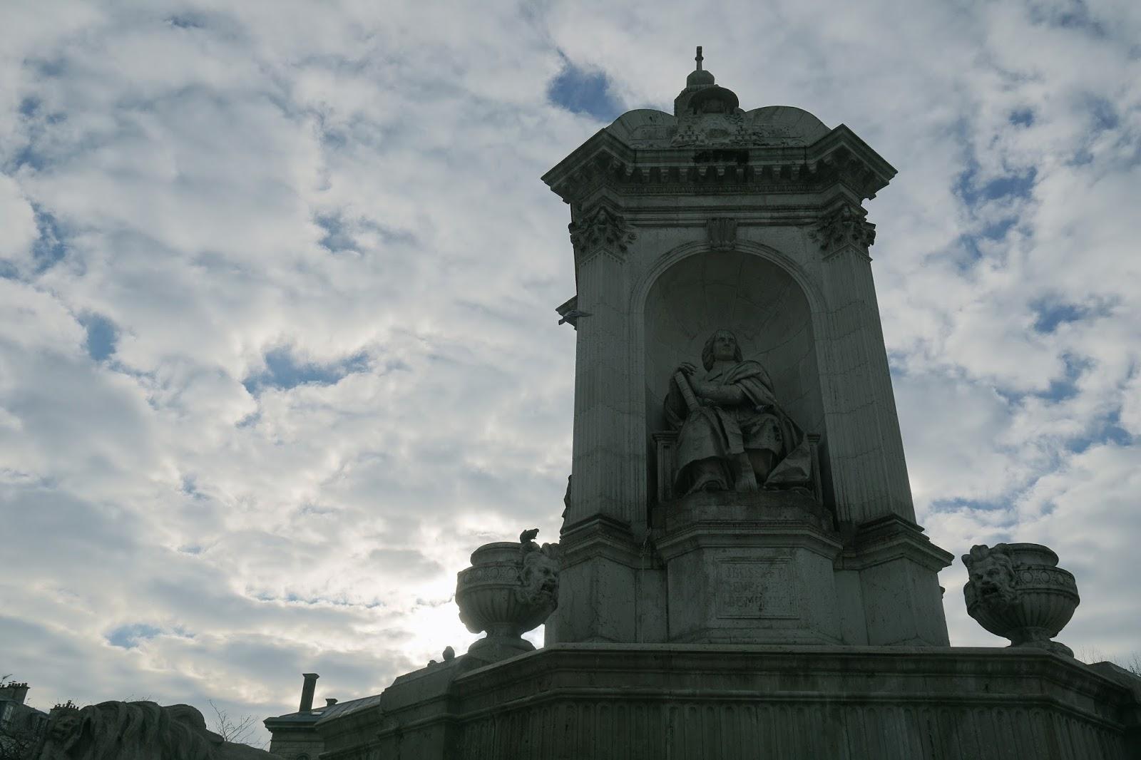 サン=シュルピス教会 (Église Saint-Sulpice) 4人の枢機卿の噴水
