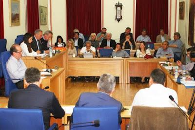 Η «Αλλαγή» υπερψήφισε στο Δημοτικό Συμβούλιο για έργα σε γήπεδα του δήμου