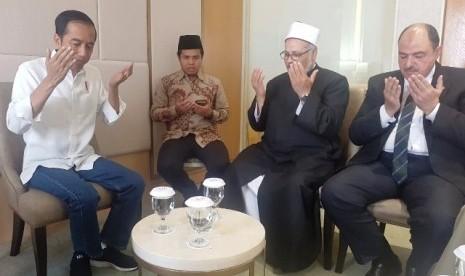 Ulama Al-Azhar Do'akan Jokowi Menang Pilpres