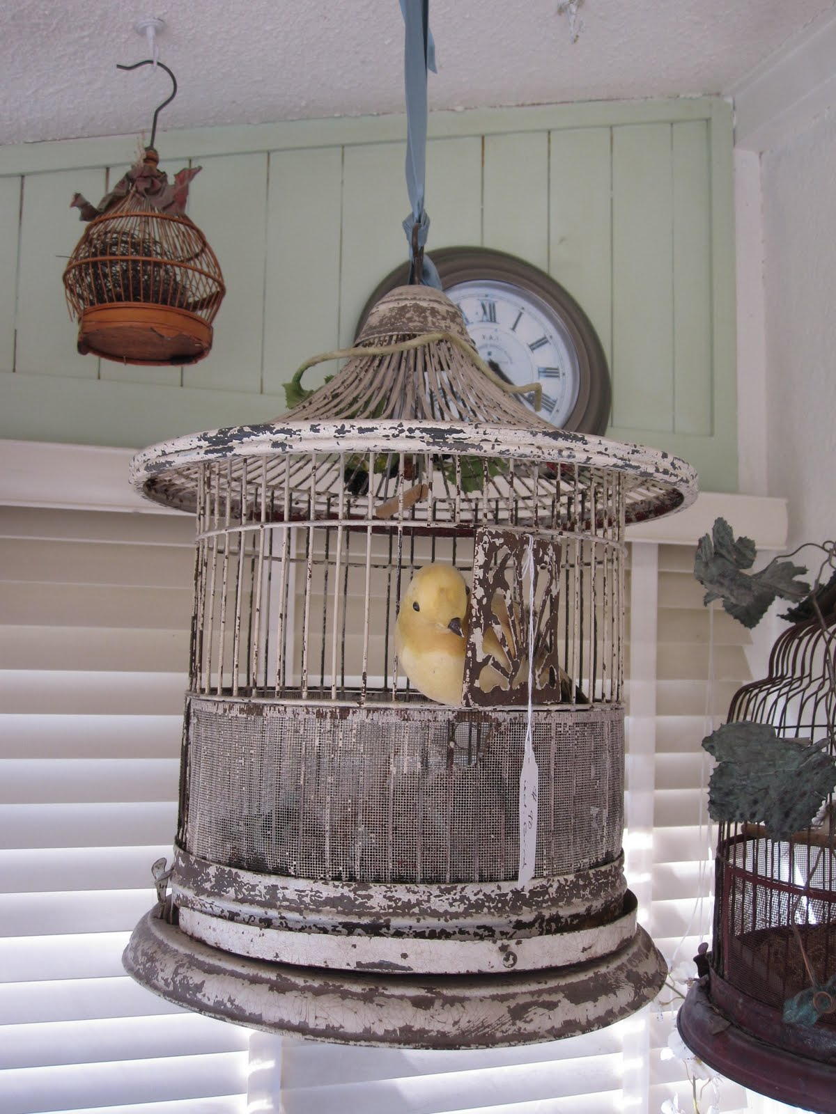 Bella Vita Antique Bird Cages
