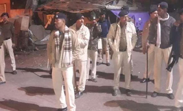 जीत के जश्न में हुआ विवाद, मची भगदड़, पुलिस ने किया लाठीचार्ज | MP NEWS