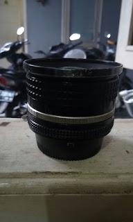 bagian tengah lensa
