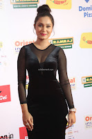 Vennela in Transparent Black Skin Tight Backless Stunning Dress at Mirchi Music Awards South 2017 ~  Exclusive Celebrities Galleries 086.JPG