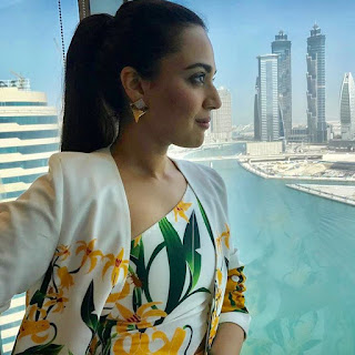 Swara Bhaskar in shazé Earrings