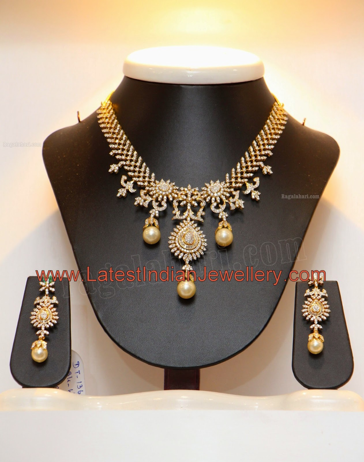 Pearl Drops Diamond Necklace Set