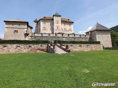 castello Thun