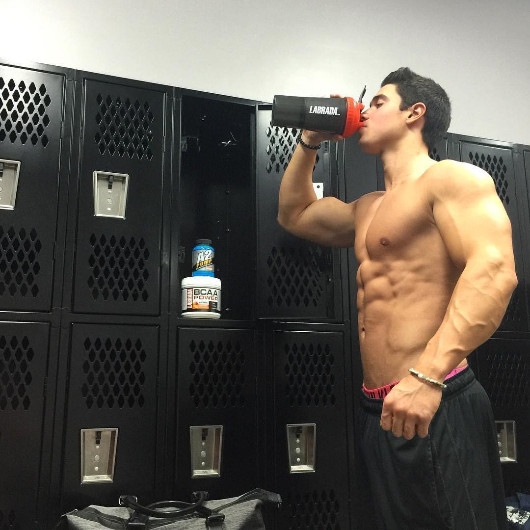 beautiful-keiran-mcbay-shirtless-gym-boy