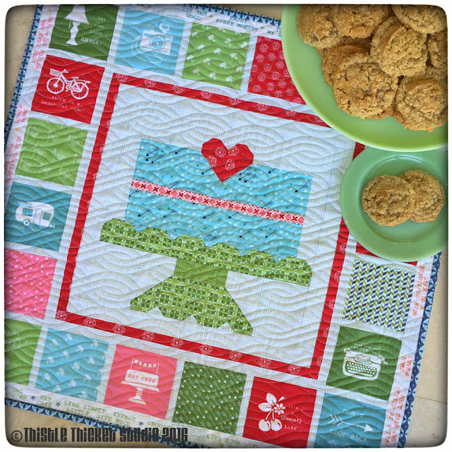Thistle Thicket Studio, Farm Girl Vintage, layer cake mini quilt, Lori Holt, Bee In My Bonnet