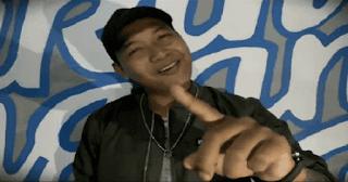 Lirik Lagu Tukang Parkir (Dan Artinya) - Agung Pradanta Ft Ayu Paramita
