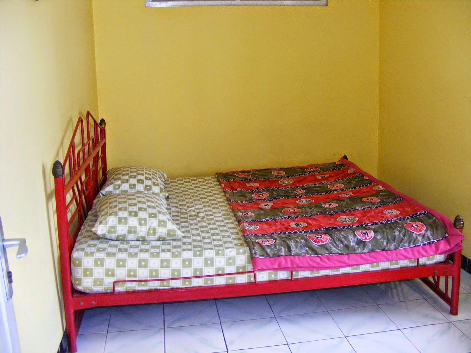 tempat tidur tamu villa