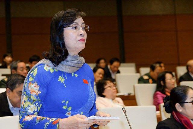 Đại biểu Nguyễn Thị Quyết Tâm đoàn TPHCM