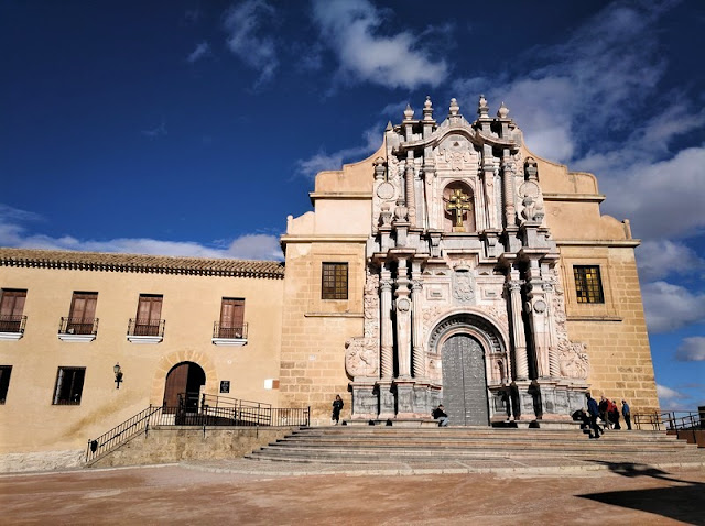 Caravaca de la Cruz - Entrada principal a la Iglesia
