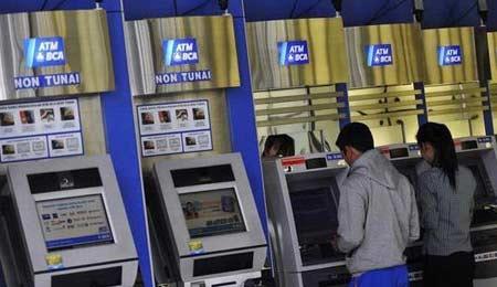 Tips Sebelum Setor Tunai di ATM Autodebet
