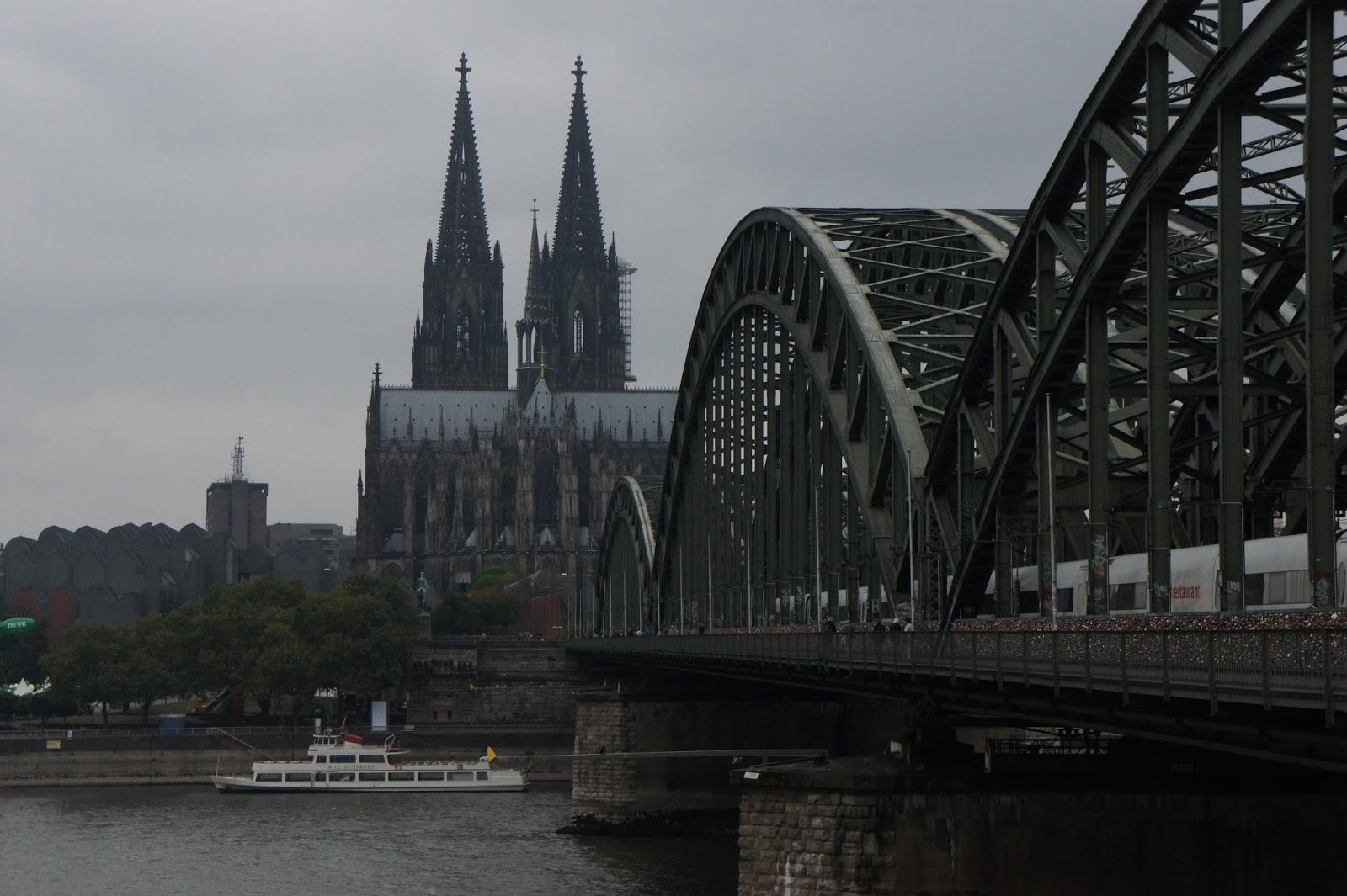 來去玩: 德國科隆景點—霍亨索倫橋(Hohenzollernbrücke)