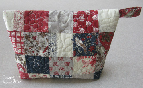 Back of quilted pouch