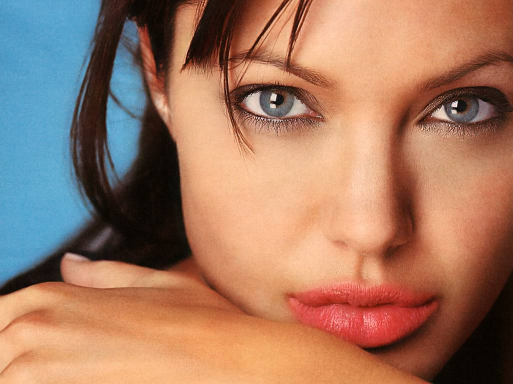 Angelina Jolie Hot Pictures, Photo Gallery  Wallpapers -2499
