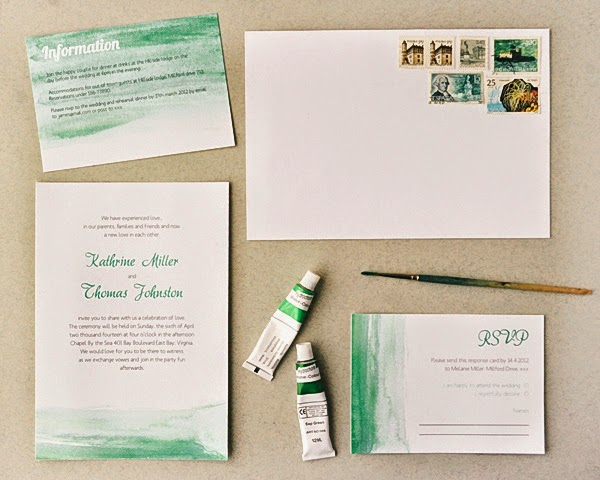 http://blog.heylook.fi/2012/10/freebies-watercolor-wedding-invitations.html