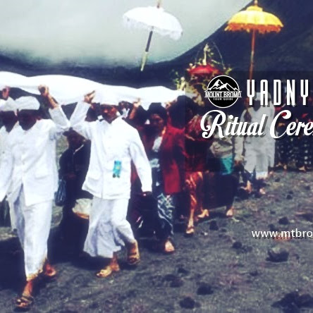 Yadnya kasada ritual ceremony time in Mount Bromo 2018