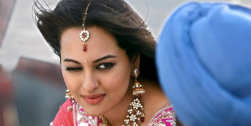 Sonakshi Sinha Pics (Son Of Sardar) | Wallpapers - Movies ...