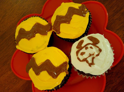 Charlie Brown & Snoopy Cupcakes