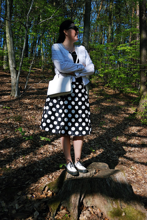 Spódnica w grochy/ the polka-dot skirt, Dr Martens