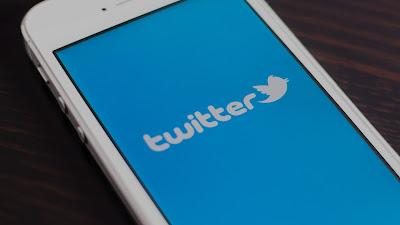 """تويتر تختبر """"الوضع الليلي"""" على تطبيقها Andriod Alpha"""