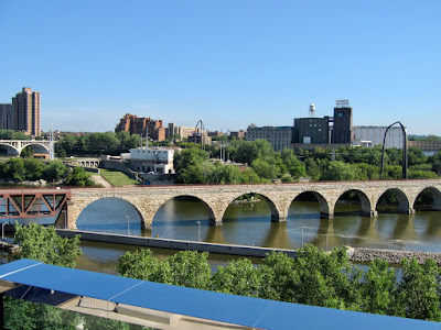 Mississippi River, Stone Arch Bridge