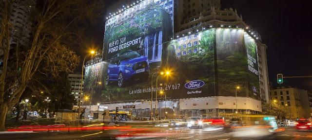 Ford-nuevo-EcoSport-instalan-valla-publicitaria-más-grande-del-mundo-madrid