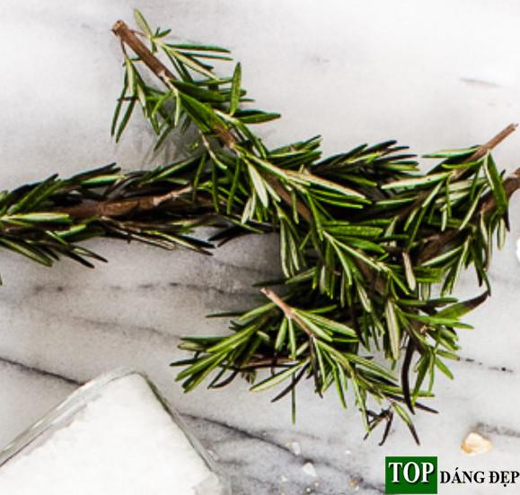 Cách làm trắng da toàn thân nhanh nhất bằng cây Hương Thảo