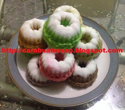 Foto Kue Putu Ayu Kukus Jawa Warna Warni