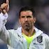 Kiper legendaris Gianluigi Buffon Dikatakan pensiun