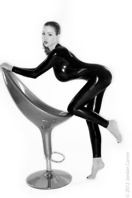 Jordan-Carver-Sandine-Hot-Photoshoot-in-Catsuit-35633