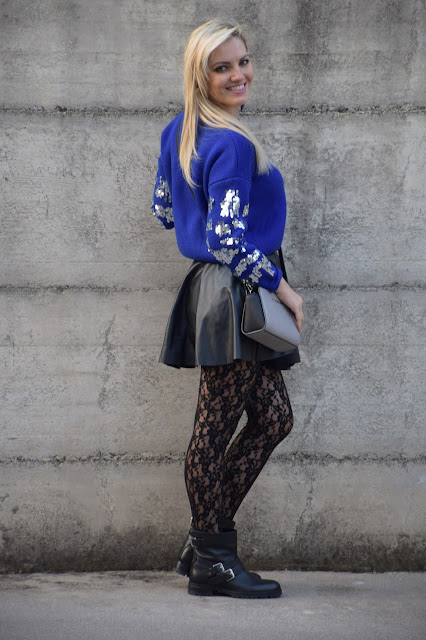 blue outfit how to wear blue how to combine blue mariafelicia magno fashion blogger colorblcok by felym fashion bloggers italy web influencer italiane italian web influencer february outfits winter outfits