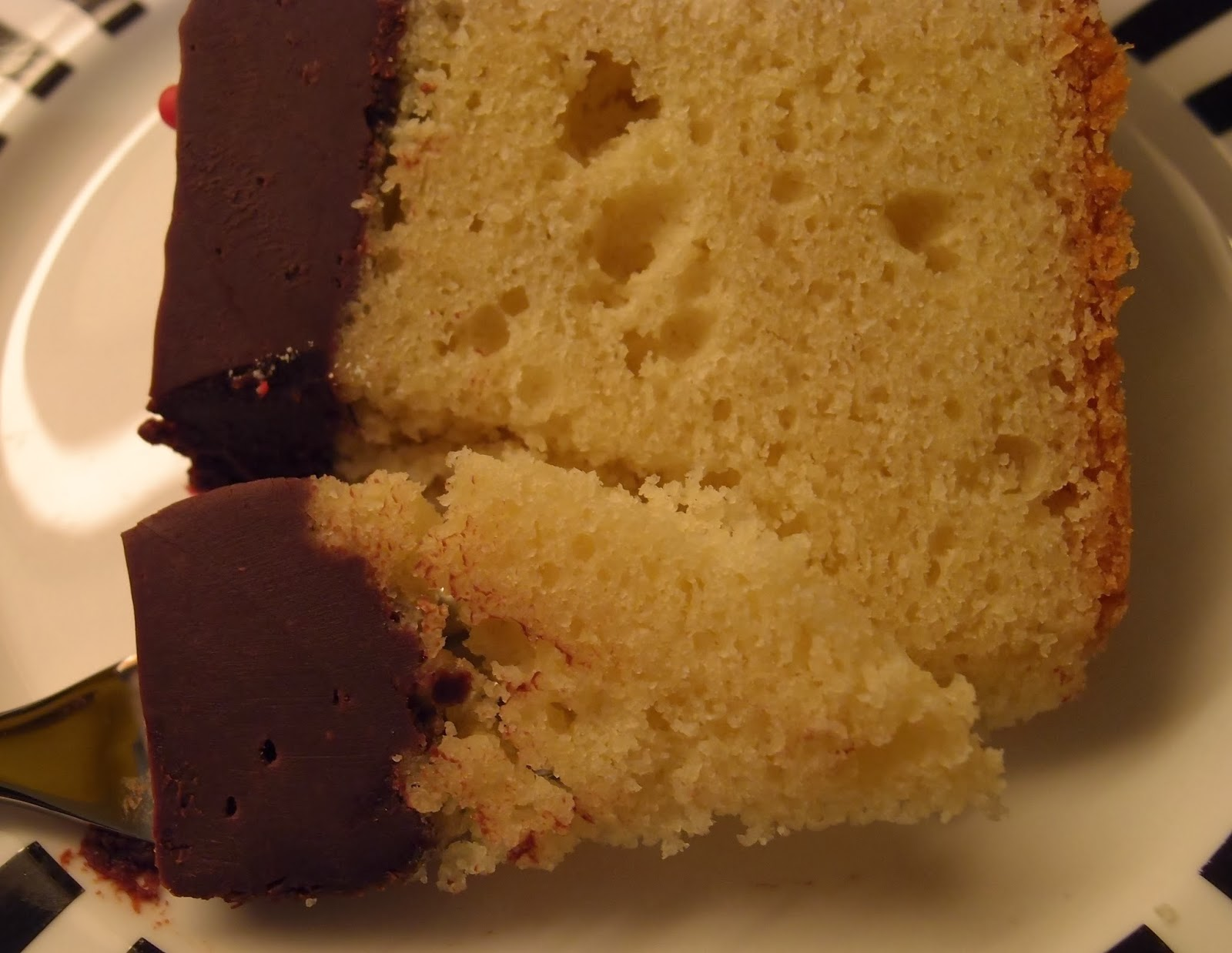 Nice Cake Recipes Uk: The Caked Crusader: Tunis Cake