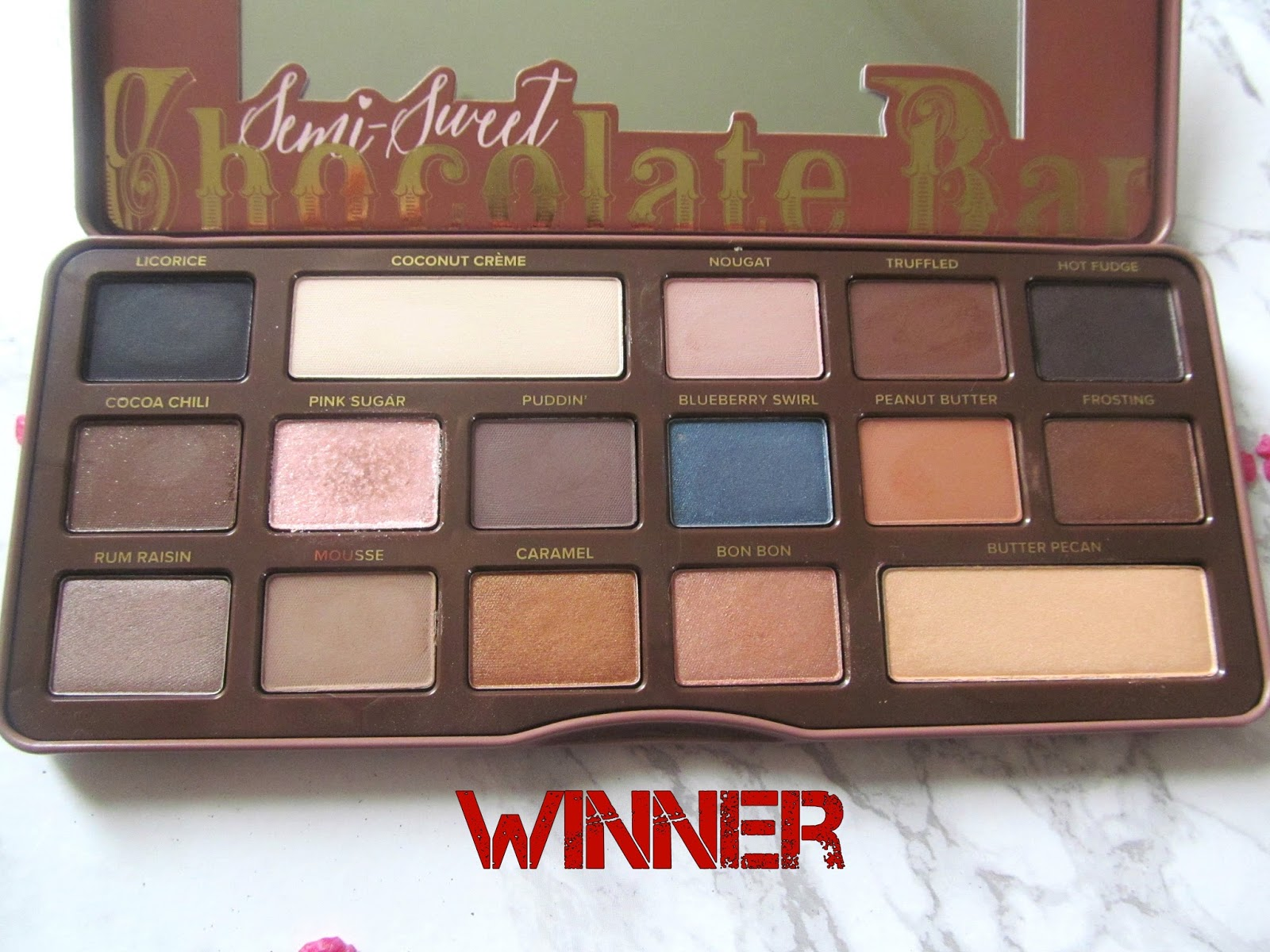 Palette Wars Too Faced S Chocolate Bar Vs Semi Sweet