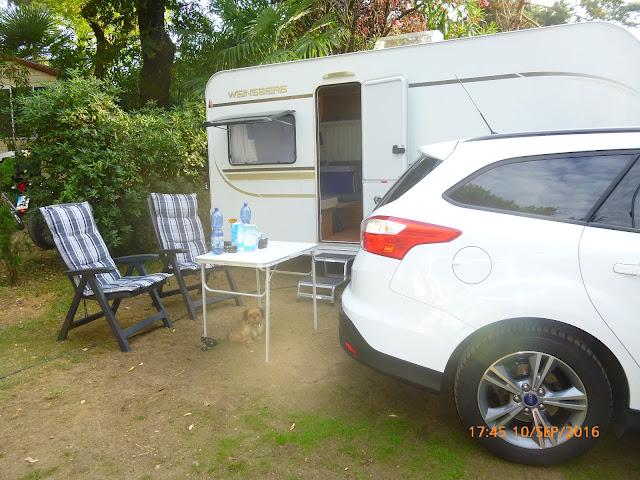 unser Stellplatz auf dem Campingplatz  Riviera am Lago Maggiore