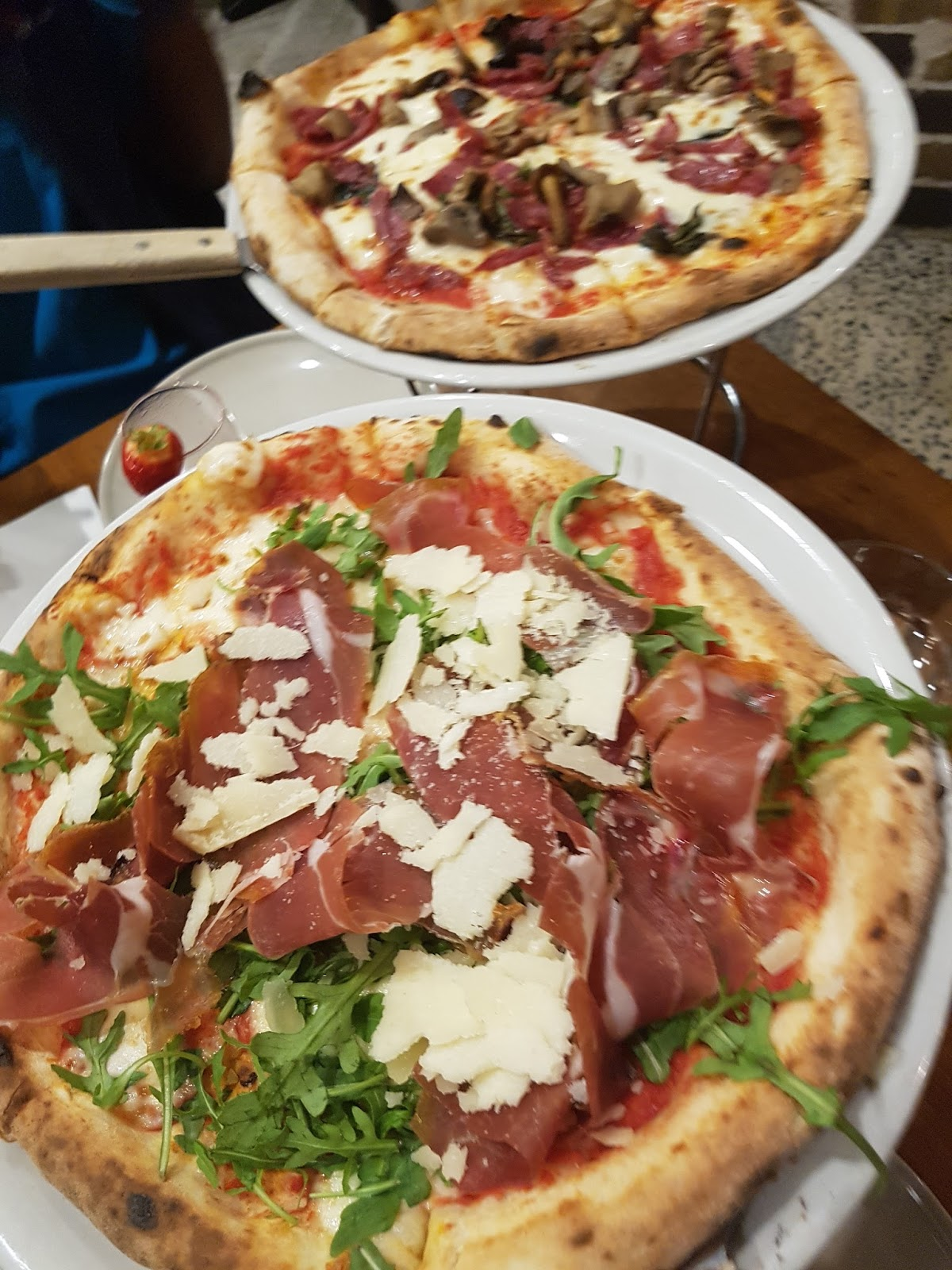 house in tillford verace pizzeria review