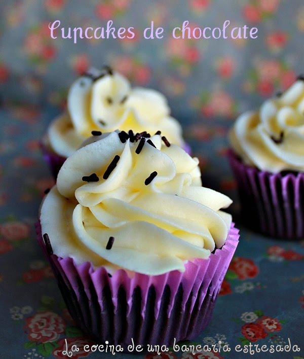 Cupcakes de chocolate receta La Biblia de los Pasteles