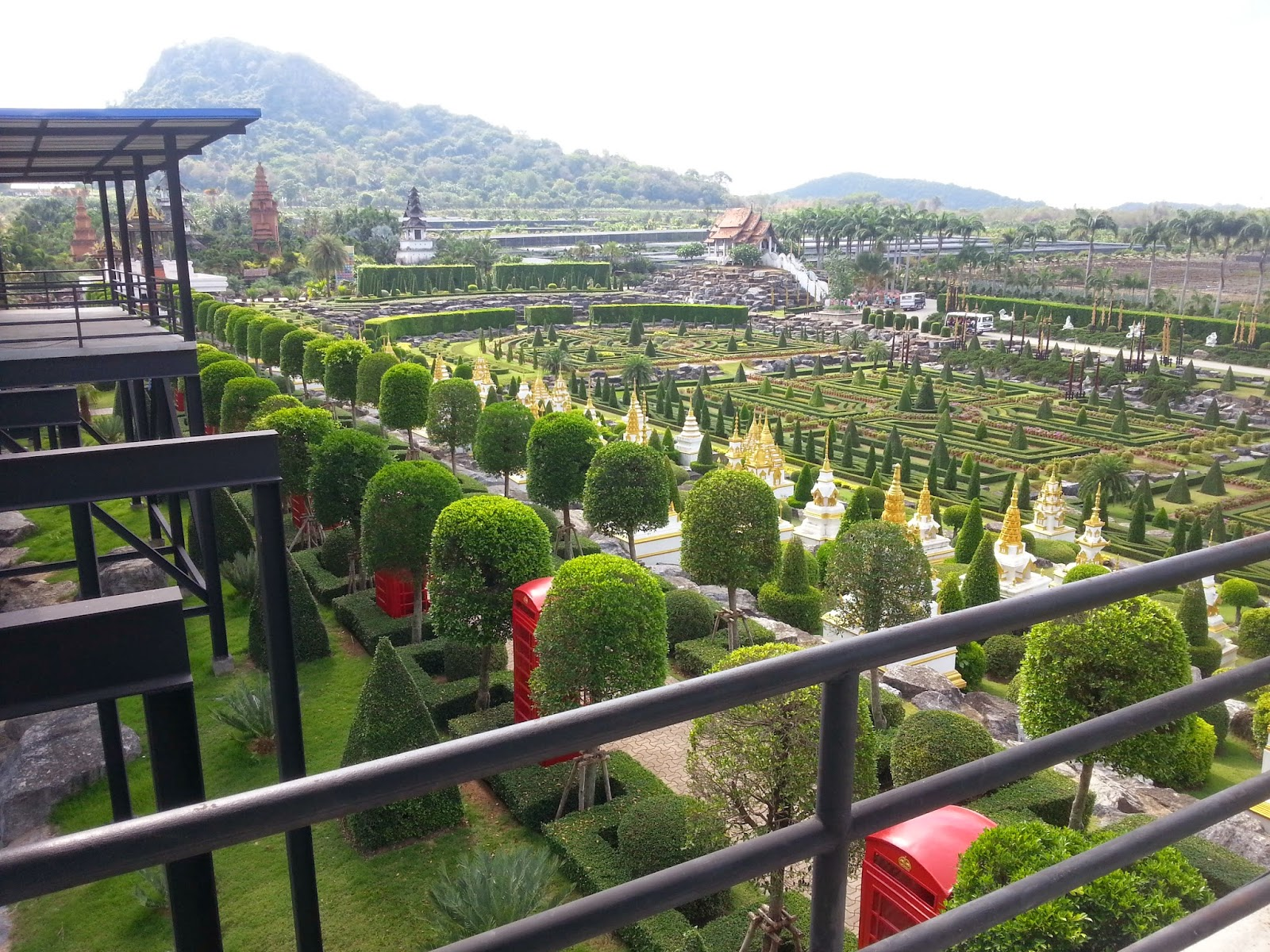 Tour and Travel Pattaya city to Nong Nooch Botanical Garden,