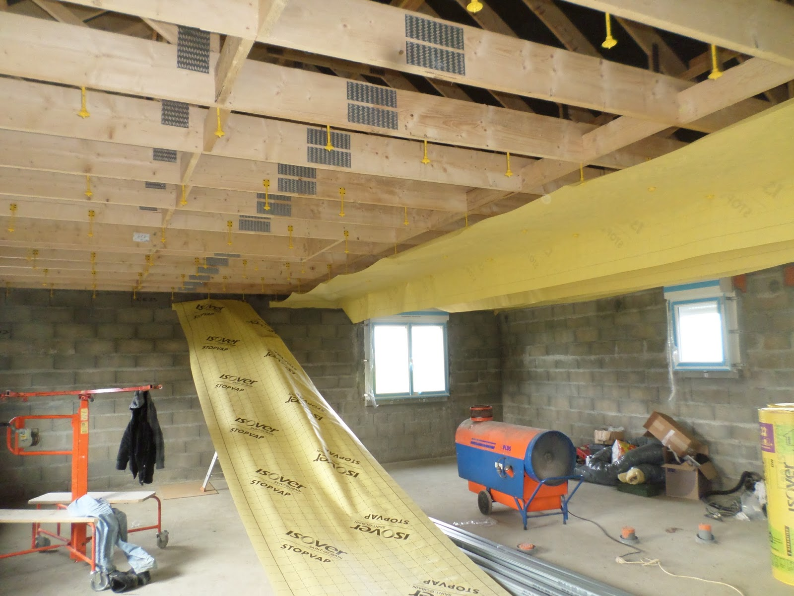 autoconstruction basse normandie plafond membrane elec. Black Bedroom Furniture Sets. Home Design Ideas