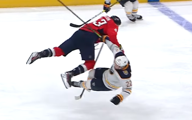 Washington Capitals forward Tom Wilson destroys Buffalo Sabres forward Johan Larsson with huge hit 11/1/2019