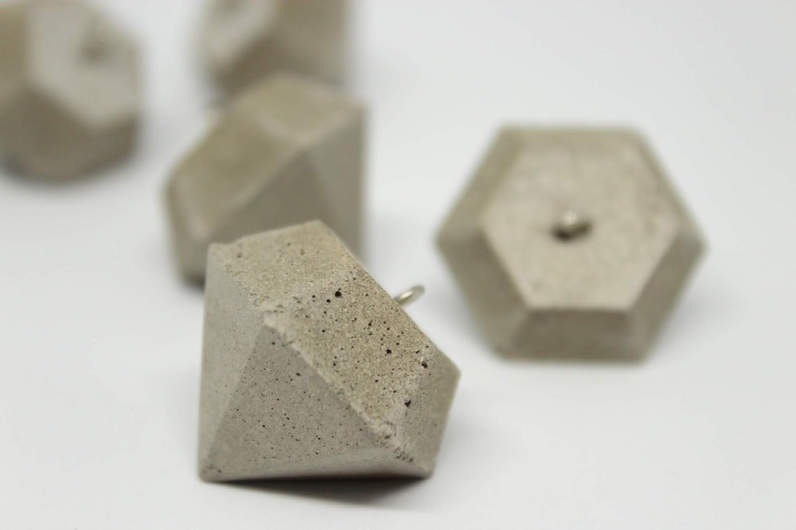DIY Diamant Schlüsselanhänger aus Beton selbermachen - die perfekte Geschenkidee