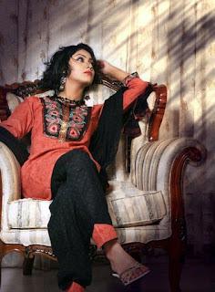 Shaina Amin Photos