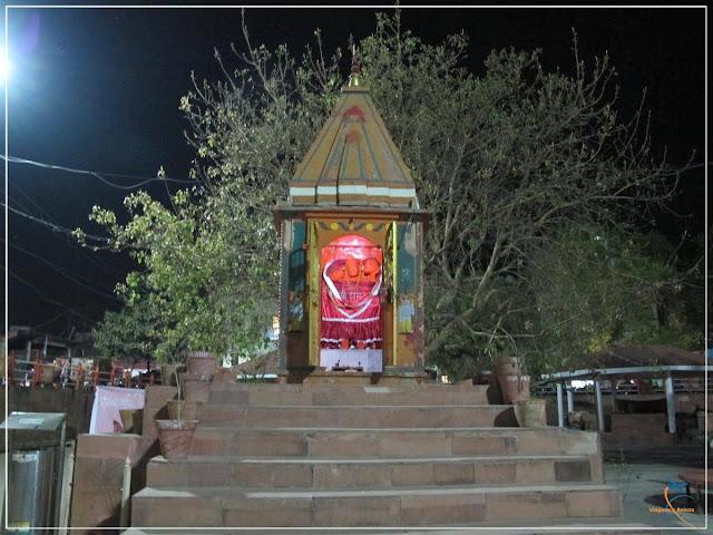 Aarti, o ritual noturno de Adoração ao Fogo!