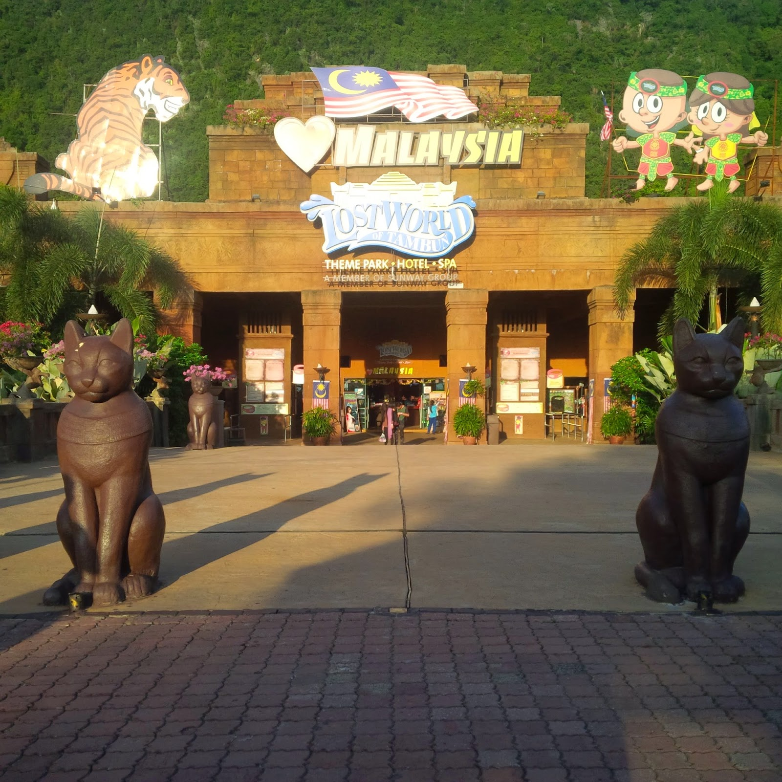tourism, travel, sunway malaysia, sunway lost world of tambun, water park malaysia, ipoh, perak, amusement park, hot springs and spa