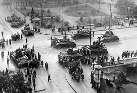 Soviet tank in Budapest