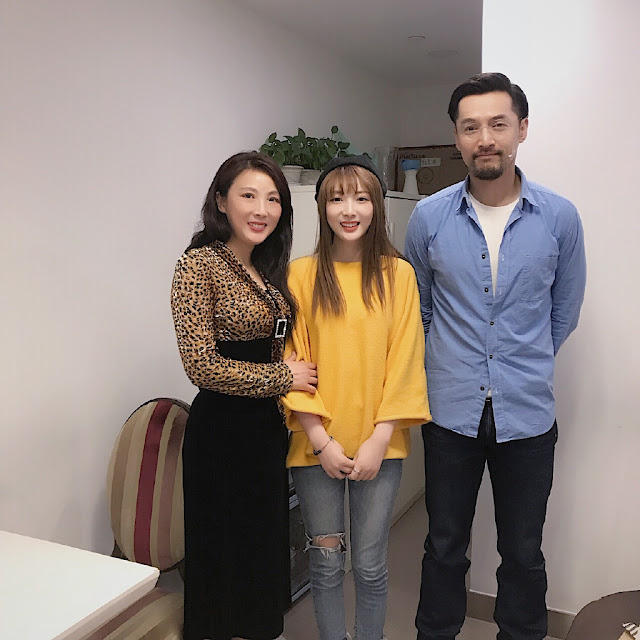 Hu Ge surprises fan with leukemia
