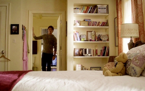 Elena Gilbert Bedroom Queen Salvatore