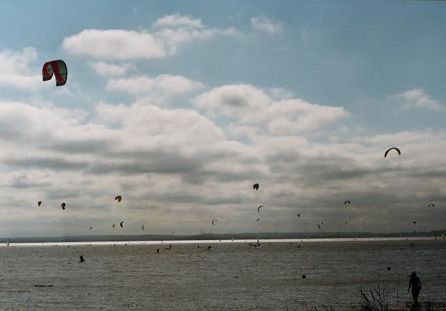 Windsurfing i Kitesurfing na zatoce. Chałupy Polska.