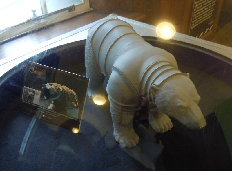 The Golden Compass Iorek Byrnison maquette